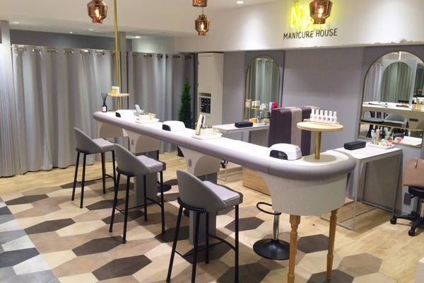 MANICURE HOUSE 新宿サブナード店